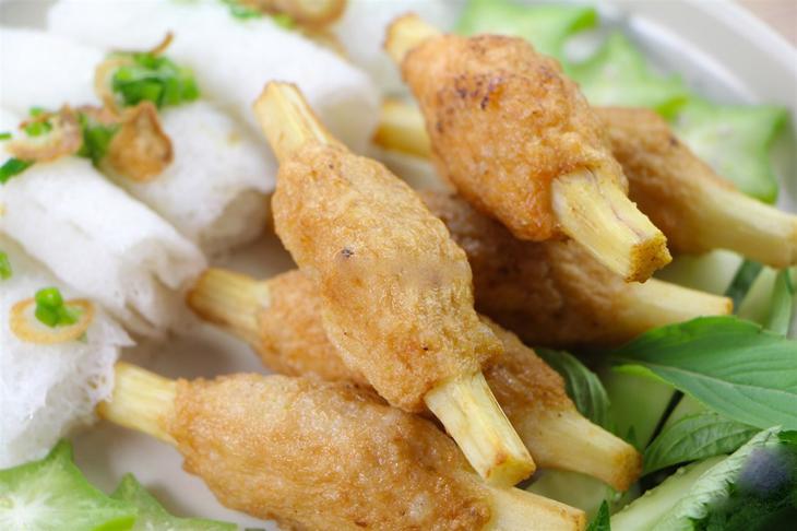 Shrimp-paste-wrapped-frozen-chopstick-size-sugarcane